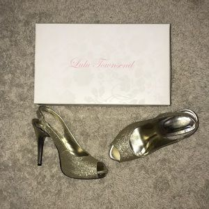 Gold formal heels